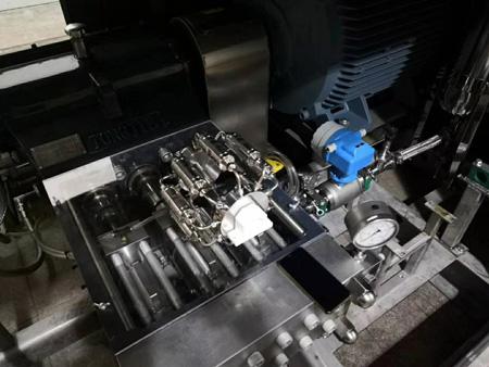 生产型微射流高压均质机内部